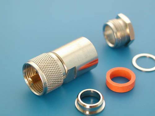 Высокочастотный разъем N. Реле, электромеханика, электротехника и механика.  Параметры.  50500. UHF штекер, пайка.